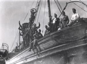 Vapor pesquero requisado. Puerto de Málaga. Pag. 92